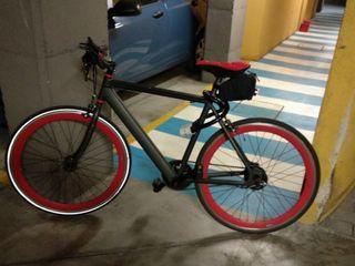 bicicleta eléctrica BH easygo race