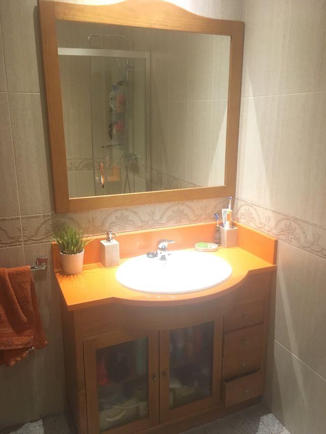 Muebles De Bano Naranja.Mueble Bano Y Accesorios Color Naranja De Segunda Mano Por 70 En