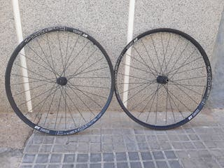 Juego de ruedas DT Swiss 1900