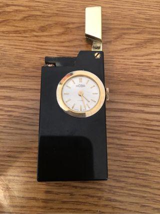 Encendedor con reloj swiiso