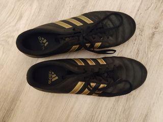 Botas de fútbol Adidas 43 gloro nuevas 20€