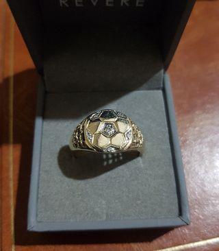 anillo hombre oro y diamantes fútbol