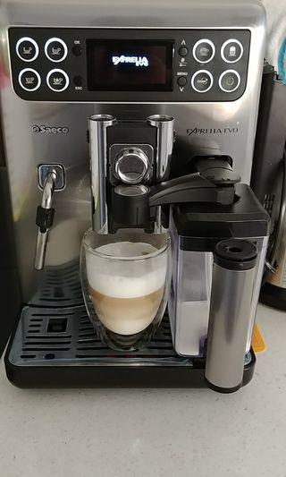 Saeco Exprelia EVO - Cafetera espresso y espumador