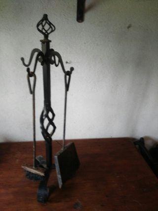 soporte herramientas chimenea
