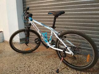 Bicicleta Rockrider 5.2 junior.