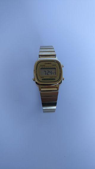 275b34d98d8d Reloj Casio mujer de segunda mano en Madrid en WALLAPOP