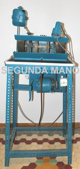 Maquina de tallar y pulir cabujones de gemas