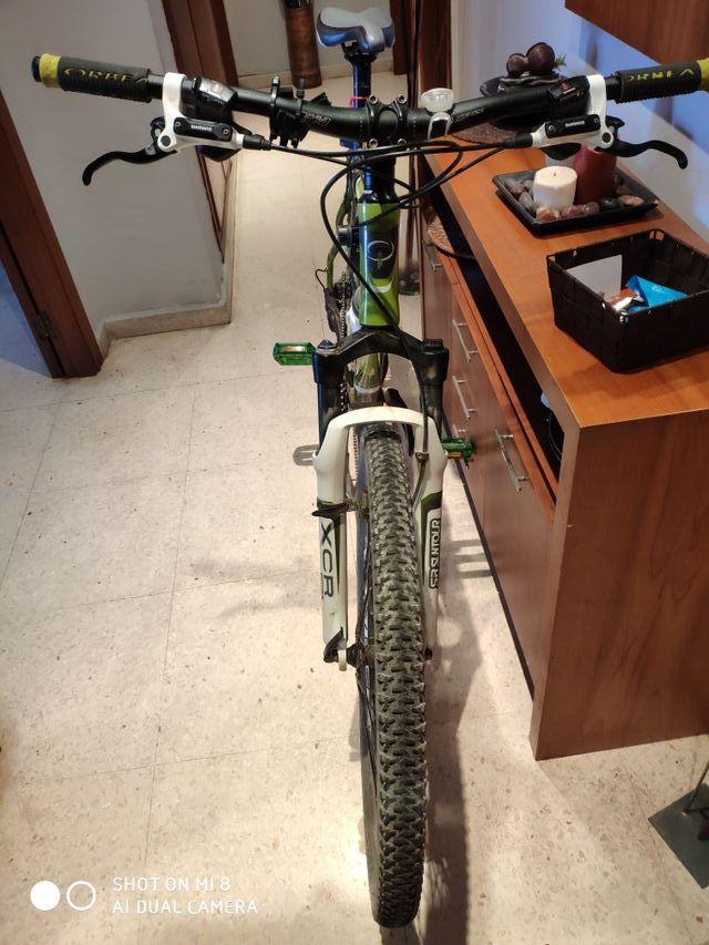 """bicicleta talla M 26 """""""
