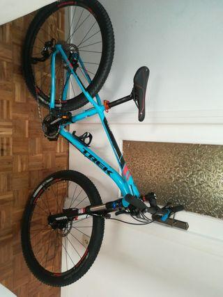 Bicicleta TREK de montaña