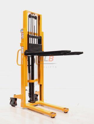 A731 Apilador Manual Nuevo 1.500kg a 2.500mm
