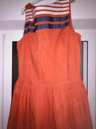 Vestido Tommy Hilfiger talla 176