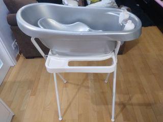 Bañera con reductor para bebé