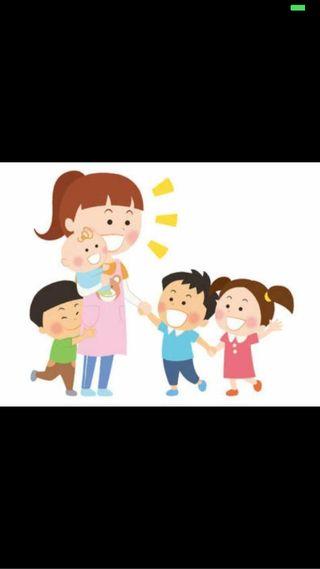 Canguro/ cuidadora de niños