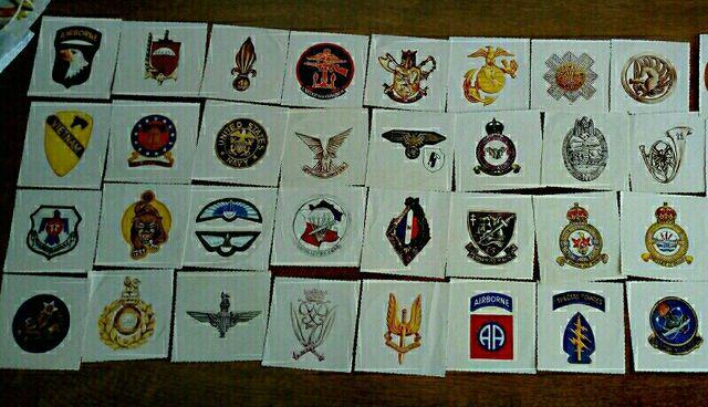 lote de pegatinas insignias militares