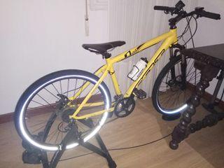 Se vende bicleta de montaña