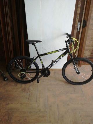 """Bicicleta acero Eleven 26"""" talla m."""