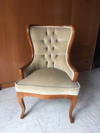 Mini sillon antiguo