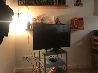 """Televisor Panasonic Led HD 32"""" con wifi y hdmi"""