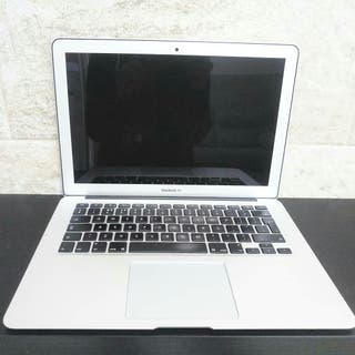 "Macbook Air 13"" i7 8GB"