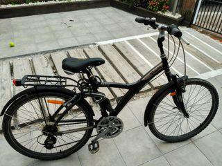 bicicleta btwin 700 city treking