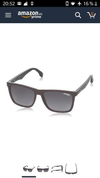 Carrera/ Gafas de sol.