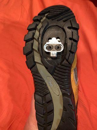 Zapatillas con calas Spining o bicicleta