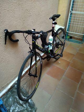 Bicicleta de carretera B pro r 200