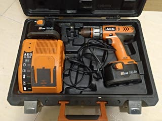 taladro batería AEG