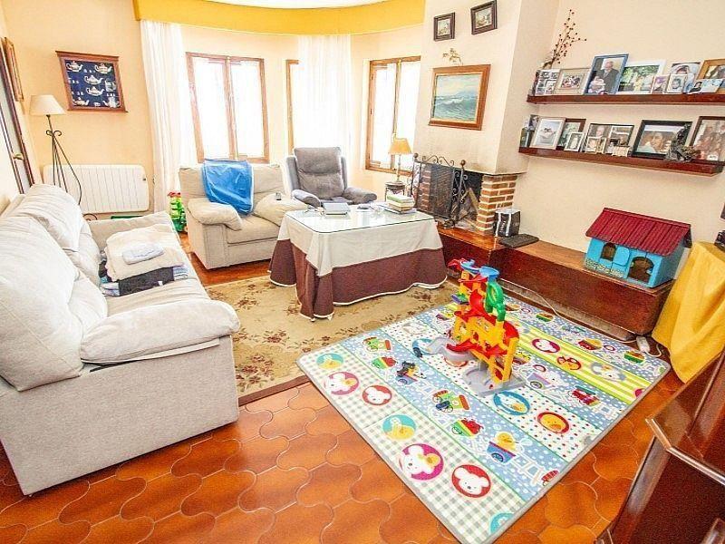 Villa en venta en Centro Histórico en Málaga (La Cala del Moral, Málaga)