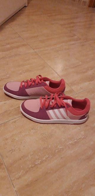 zapatillas Adidas.usadas una sola vez.talla 39 1/3