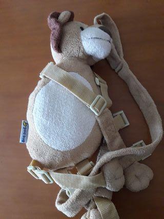 mochila infantil arnés
