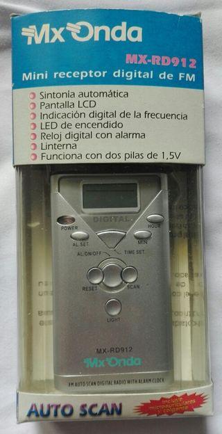 Radio de bolsillo digital MX ONDA MX-RD912 nueva