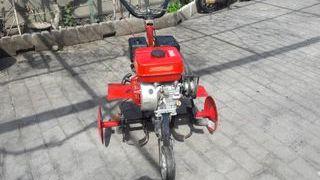 se vende motoazada con motor HV con 6'5 c.v
