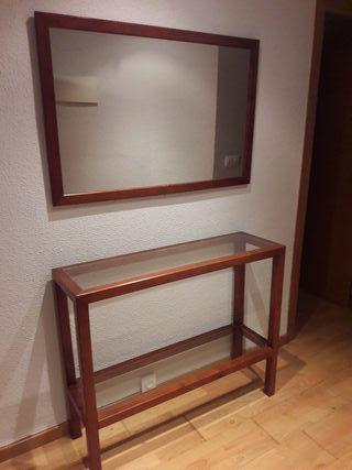 Mesa y espejo recibidor