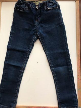 Pantalón niña talla 5-6