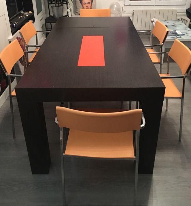 Vendo mesa de comedor (con6 sillas a juego gratis) de segunda mano ...