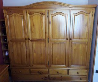 Dormitorio Provenzal pino mazizo color miel