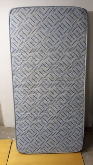 Colchón y Somier de 90 por 180 cm
