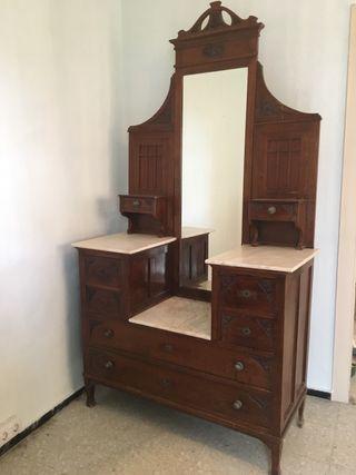 Peinadora/Mueble Antiguo