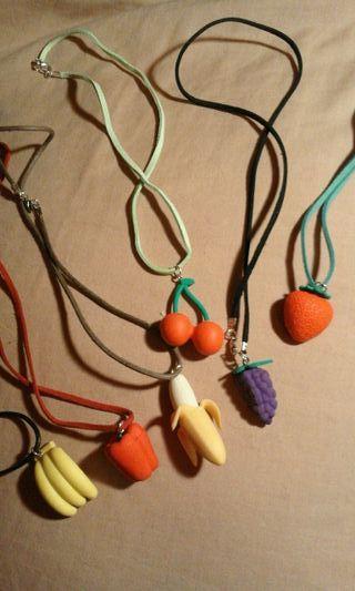 collar infantil iwako/japón