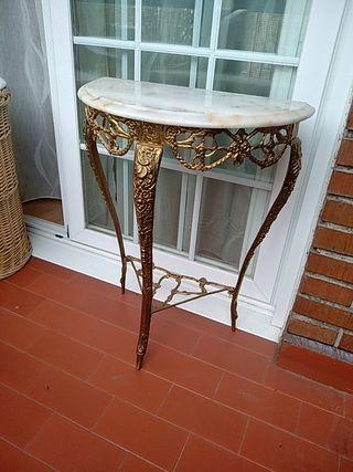 Mesa recibidor mármol y bronce