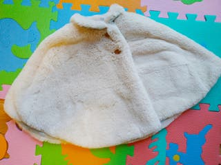 Abrigo capota bebé 12-18 meses