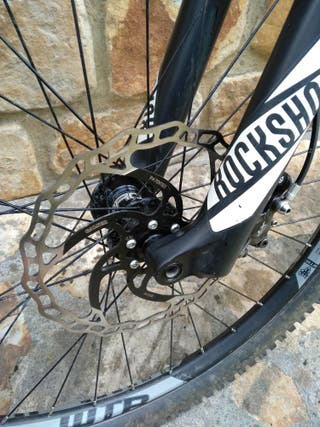 Stif Morf, bicicleta rígida de enduro.