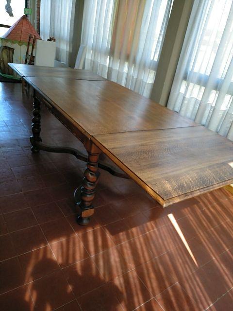 Mesa de comedor antigua de madera maziza. de segunda mano ...