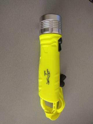 Foco linterna LED buceo