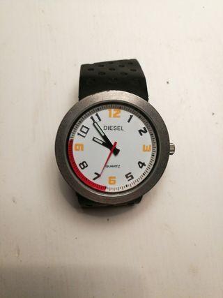 ff54df77b492 Reloj Quartz de segunda mano en la provincia de A Coruña en WALLAPOP