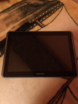 Vendo Tablet Samsung con cargador