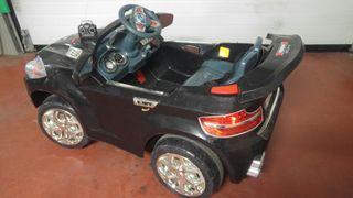 coche con mando eléctrico niños 12v alto gama