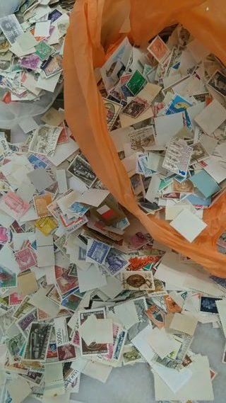 1000 sellos del mundo SIN papel
