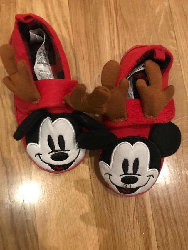 nueva estilos bf1c3 ac147 Zapatillas casa Mickey Mouse 23-24 de segunda mano por 9 ...